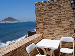 Apartamento en primera linea con vistas al mar, El Medano