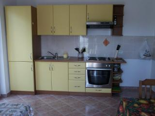 Apartment in villa near the beach, Premantura