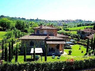 Apartments with shared pool near Siena-Arezzo, Lucignano