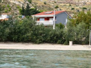 apartment  Marta 1, 1. floor, 200 metars from beach with see view,5+2