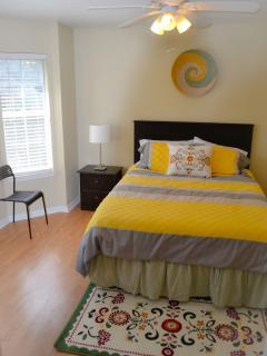 Bedroom #2 (queen-size bed)