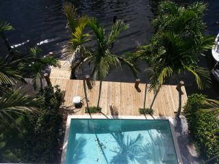 Waterfront Town House. Las Olas. Fort Lauderdale