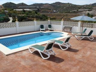 Villa Urdiales, Torrox