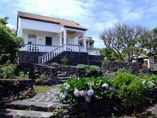 Hortênsia 2 bedroom/ocean view/breakfast included, Piedade