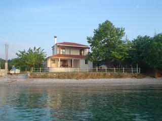 Seaside villa in Greece, Edipsos