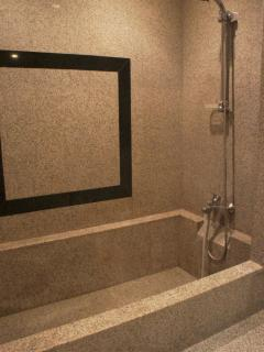 Granite Bath with Shower