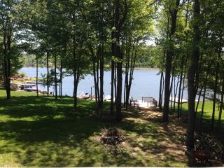 Overton's Retreat at Treasure Lake Lakefront Cabin, DuBois