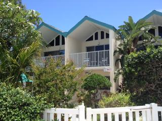 Coconuts Two Bedroom Unit 118 Upstairs Courtyard, Holmes Beach