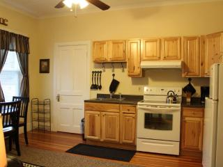Suite 1 - Kitchen/Living Room
