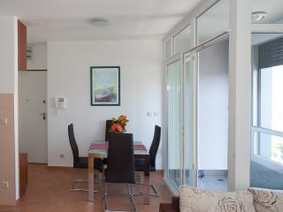 New and modern 3+1 apartment near the center, Split