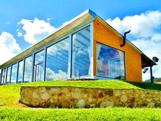AWSOME HOME IN FRONT OF A LAKE  EL SISGA, COLOMBIA