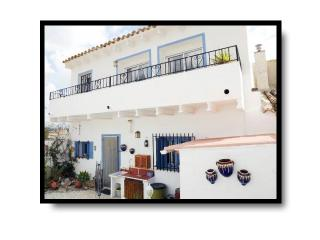 Andalusian family vacation with Wi-fi & pool, Zurgena