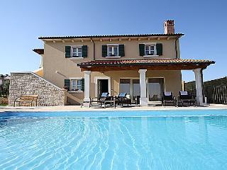 Beautiful Villa with Pool in Selina, Sveti Lovrec