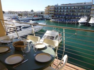 0163-PORT SALINS Apartamento con vista al canal