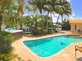 Luxury Waterfront Villa Azure Near Las Olas, Fort Lauderdale
