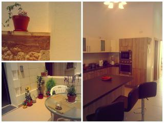 Lovely holiday flat in St.Julians, Malta, Qormi