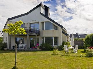 2 bedroom Villa in Plouhinec-, Brittany, France : ref 1718770