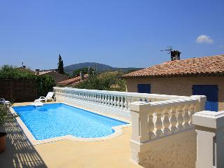 5125 Ste Maxime villa with pool and air con, Sainte-Maxime