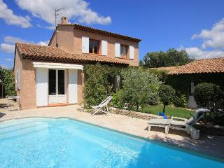 4 bedroom Villa in Pertuis, Provence-Alpes-Cote d'Azur, France : ref 5238777