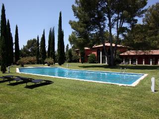 Villa in Ventabren, Provence, France
