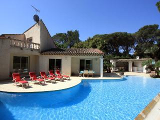 Villa in St RaphaëL, Cote d'Azur, France, Velles