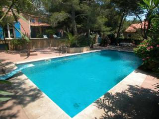 3 bedroom Villa in Carro, Provence, France : ref 1718446, Sausset-les-Pins