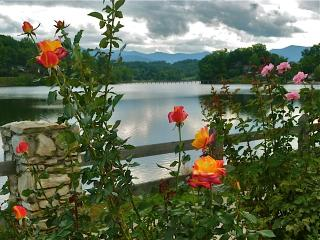 Lake Junaluska Lovely Mtn Lake & Golf Course Views