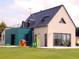 4 bedroom Villa in MoëLan Sur Mer, Brittany, France : ref 1718886