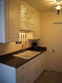 New, Fully Equipped Kitchen with Everything you Need to Feel  Right at Home.