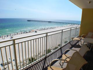 AUG  & SEPT:: Oceanfront 2BR/2BA Condo with 25ft-wide Balcony, Low Floor!