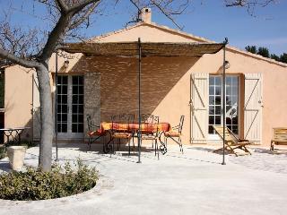 2 bedroom Villa in La Ciotat, Provence-Alpes-Cote d'Azur, France : ref 5238634