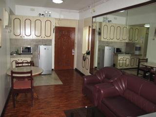 Suite 1103, Twin Doube, Spacious 1Br. Apartment Makati