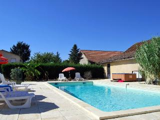2 bedroom Villa in Bergerac, Nouvelle-Aquitaine, France : ref 5238776