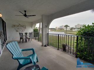 Edgewater Golf Villa 201-Luxury Resort-2 Bed/2 Bath-Sleeps 6-Spring Weekend-, Panama City Beach