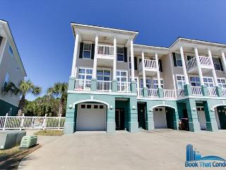 Large Townhouse~ 5BD/4.5/BA~ FREE activities for guests/ FALL BREAK OPEN!