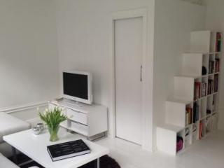 Lovely White and Bright Studio in the City Centre, Stockholm