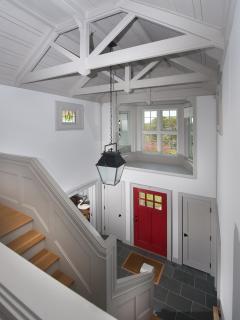 32 Foyer