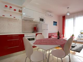 Apartment in Podstrana - Split