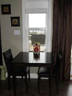Dining table extends to seat 4