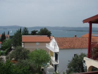 Ocean View apartment with large balcony, Sveti Filip i Jakov