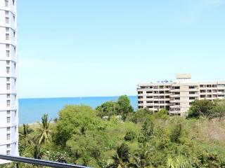 Condos for rent in Hua Hin: C6045
