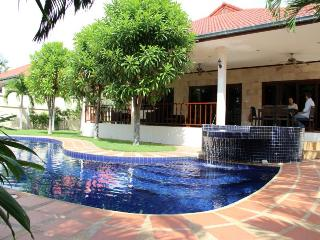 Villas for rent in Hua Hin: V6065