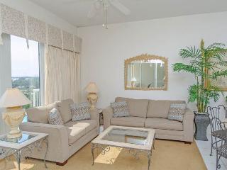 Crescent Condominiums 402, Miramar Beach