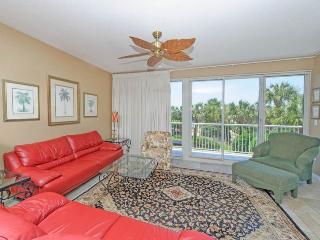 Crescent Condominiums 117, Miramar Beach