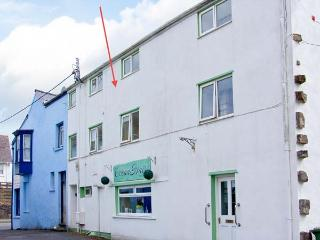 THE OLD BREWERY, feature beams, double bedroom, close to beach, Ref 29896, Saundersfoot