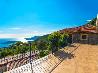 Stone house with sun terrace and superb sea views, Budva