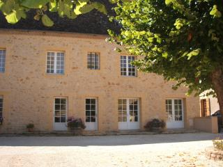 Riverside House with pool on the Dordogne,highly refurbished, sleeps  8 .