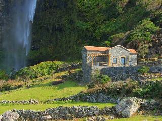 Moinho da Cascata, Açores