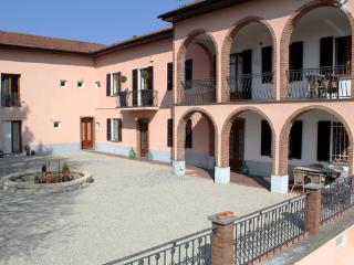Amazeing view, complete relax and great comfort, Frassinello Monferrato
