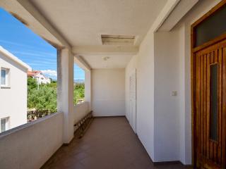 Apartment Ivan - 57122-A1, Novalja